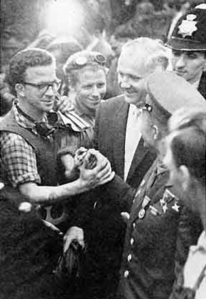 Yuri Gagarin with worker : Two countries, two foundrey workers